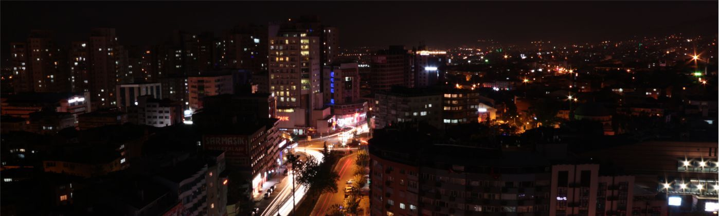 Bursa night city is not that glorious as the capital but it is still able to impress you with hundreds of facets